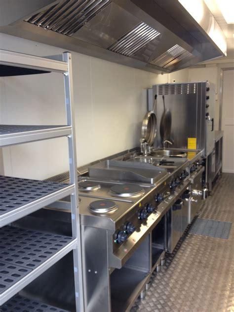 cuisine mobile professionnelle containers aménagés en cuisines mobiles containers restaurants