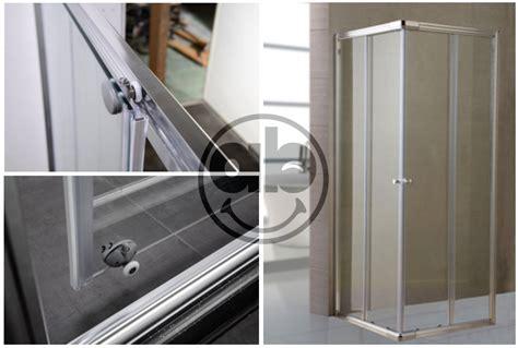 Profili Alluminio Per Box Doccia by Box Doccia In Cristallo Trasparente Da 6 Mm Con Profili In