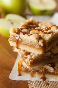 Apple Crumble Shortbread Caramel Bars