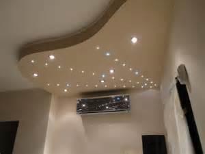 Un modo creativo e moderno di illuminare la tua stanza con