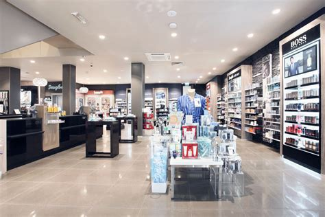 koester unternehmensgruppe parfuemerie douglas maastricht