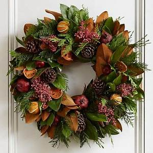 1000 ideas about Fresh Christmas Wreaths on Pinterest