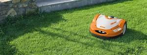 Tondre La Pelouse Sans Ramasser : robot de tonte robot tondeuse tondeuse autonome stihl ~ Melissatoandfro.com Idées de Décoration