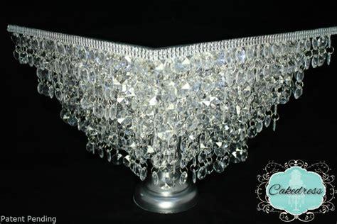 chandelier cake stand wedding cake stand chandelier stylecustom by cakedress
