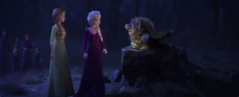 frozen  official trailer shows  strength  elsas