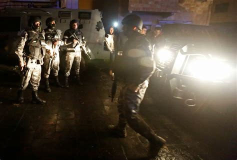 castle siege jordanian security forces end castle siege in karak