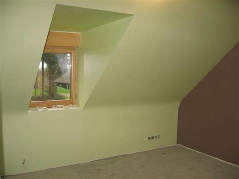 deco chambre mansard馥 exemple deco peinture chambre exemple peinture chambre mansard e armoire pas cher