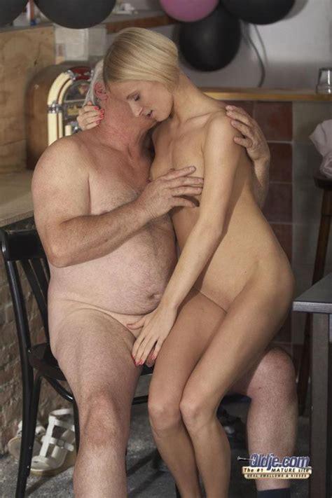 Old Men Young Ladies Jasmine Is Happy To Xxx Dessert
