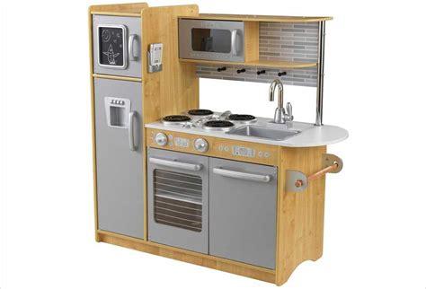 cuisine pour enfants en bois cuisines enfants en bois des jouets pour petits cuisiniers