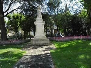 Neuville Du Poitou : monument neuville de poitou les monuments aux morts ~ Medecine-chirurgie-esthetiques.com Avis de Voitures