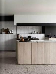 la cuisine equipee avec ilot central 66 idees en photos With petite cuisine équipée avec salle a manger en bois moderne