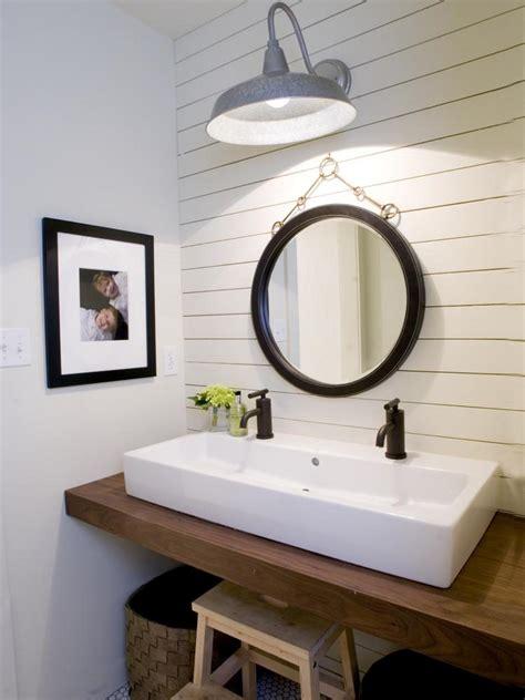 Farm Style Bathroom Sink by 5 Things Every Fixer Inspired Farmhouse Bathroom