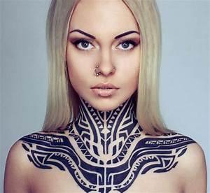 Tribal Tattoo Frau : interessante tattoo ideen freshouse ~ Frokenaadalensverden.com Haus und Dekorationen