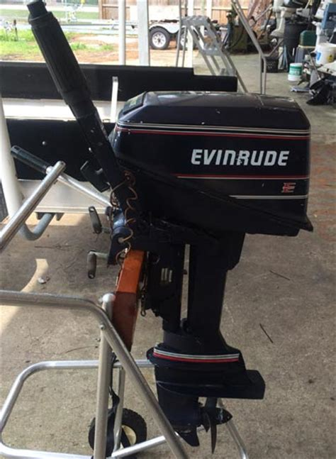 hp evinrude deluxe  cylinder outboard boat motor