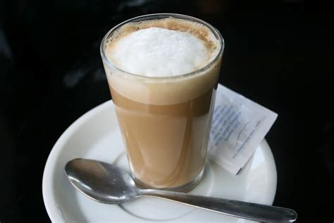 cafe con leche ways to order and drink spanish coffee spain m tourist information about everything spain