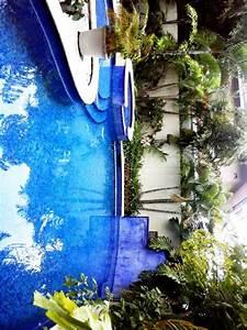 infos sur maison de reve avec piscine et cascade arts With charming transat de piscine design 10 villa en france arts et voyages