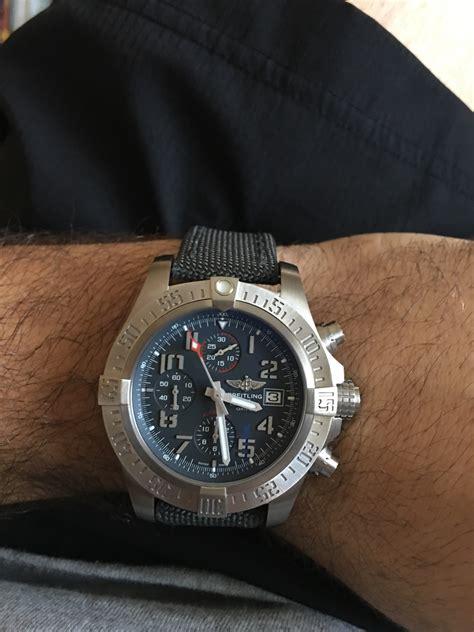 wrist  luxury  cheap breitling avenger bandit replica