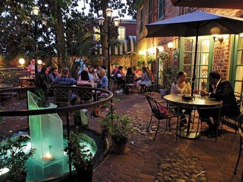 living the patio outdoor dining in richmond