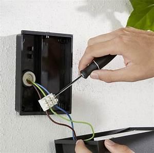 Philips Lighting Hue Led Outdoor Wall Light Resonate Built