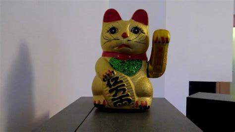 maneki neko japanische wink glueckskatze winkende katze