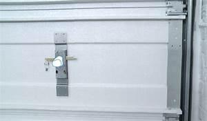 Installer une porte de garage sectionnelle wikifab for Regler une porte de garage sectionnelle