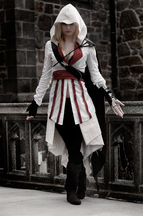 Female Ezio by Donttellme on DeviantArt