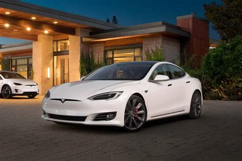 best electric cars top evs for 2019 edmunds