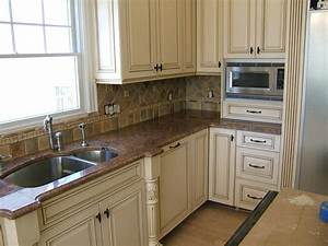 how to paint distressed kitchen cabinets 2039