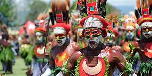 Boys' Trip in Papua New Guinea - Travelogues from Remote Lands