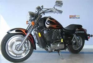 2005 Honda Shadow 1100