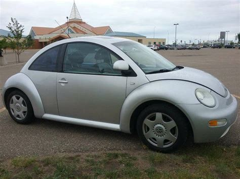 2000 volkswagen new beetle gls 1 8l hatchback medicine hat alberta used car for sale 2743859