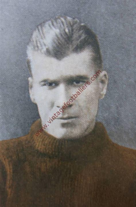 scott elisha image  liverpool  vintage footballers