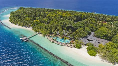 Maldives Luxury Hotel Accommodation