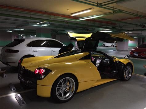 old pagani 15 year old gets a huayra for his birthday youngest