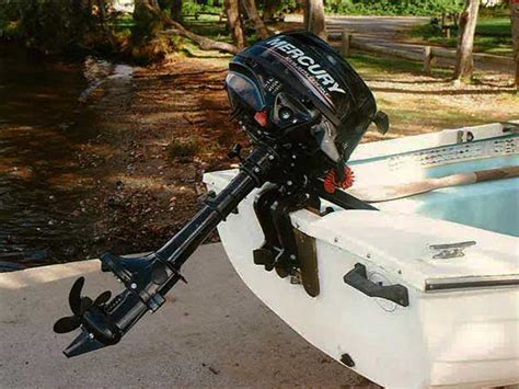 Mercury Boat Motor Problems by Mercury 2 5 Fourstroke Portable Outboard Motor Review