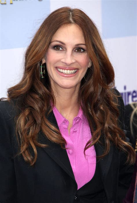how old is actress julia roberts julia roberts birthday today october 28 you re 45