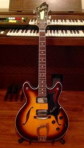 1972 Hagstrom Viking 1n  Sold