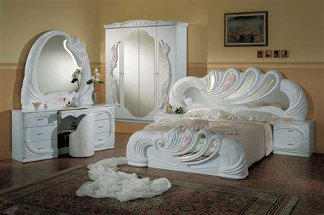 Classic Lacquer Bedroom Set With Consumer Reviews