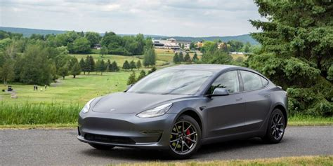 View What Is The Range Of The Tesla 3 Pictures