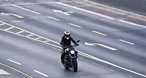 Excès De Vitesse Supérieur à 40 Km H : motard 235 km h sur une route limit e 70 ~ Medecine-chirurgie-esthetiques.com Avis de Voitures