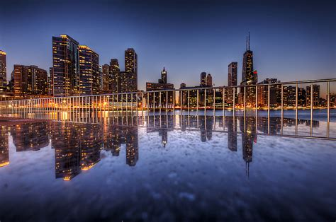 34 Magical Photos of Cityscapes at Night