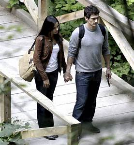 Pictures of James Franco and Freida Pinto Shooting Rise of ...
