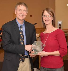 Program recognizes college's outstanding staff, faculty ...