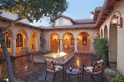 italian courtyard outdoor pinterest hacienda style homes tuscan house spanish style homes