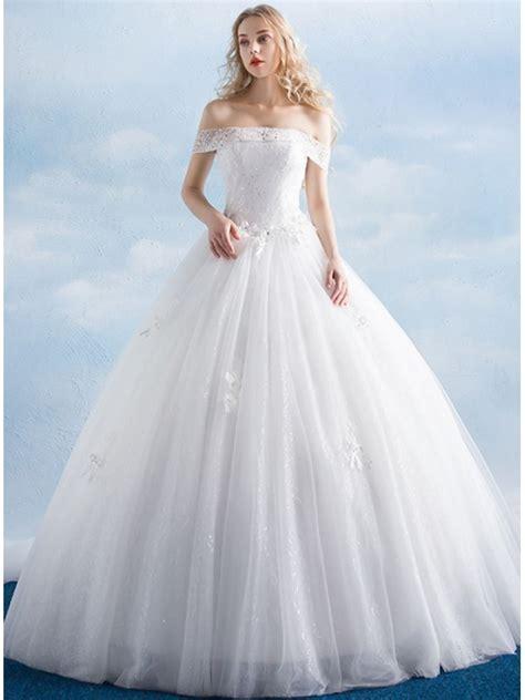 vestiti da sposa con fiori vestito da sposa a line di tulle morbido con scollo a