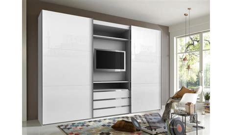 armoire dressing avec emplacement tv pour chambre adulte