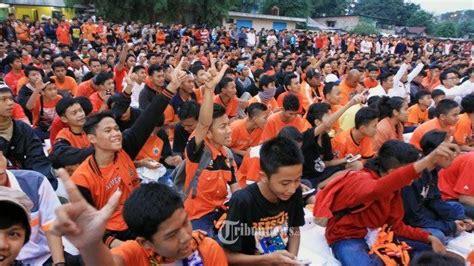 Ferry Jakmania by Bung Ferry Kembali Pimpin The Jakmania Tribunnews