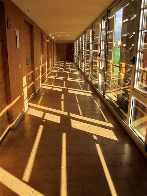 Play of light - Architecture Photos - Emelle