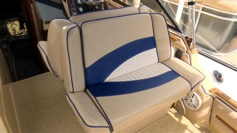 Used Boat Seats For Sale by Best 25 Boat Upholstery Ideas On Boat Seats