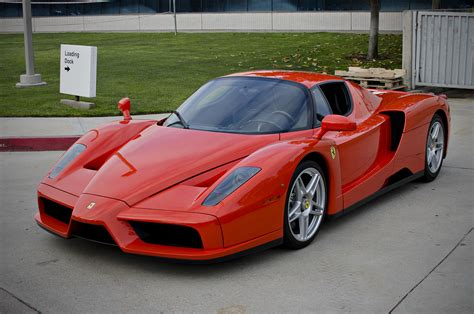 Ferrari Car : Enzo Ferrari (automobile)